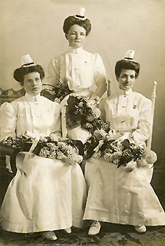 The first School of Nursing Graduates in 1907